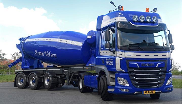 Transport Online - DAF CF met betonmixer voor A  van Velsen